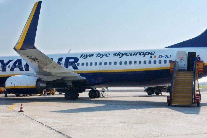 b432d54156209 Ilustračný obrázok k článku Lietate s Ryanair? Nízkonákladová letecká  spoločnosť otvorí v Bratislave svoju prvú. Zdroj: TASR