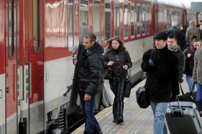 Ilustračný obrázok k článku Ak si plánujete ešte kúpiť lístok na vlak  smerom z Bratislavy e0b55e0e57e