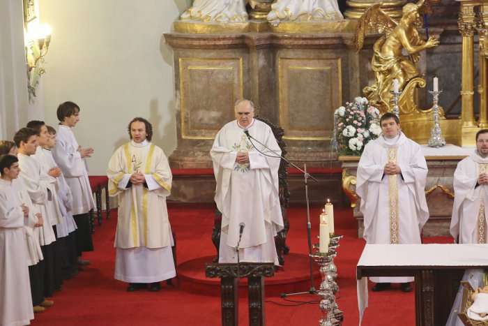 fa8d80fe7 Ilustračný obrázok k článku Chystáte sa na bohoslužbu? Takto sa budú na  Veľkonočnú nedeľu slúžiť