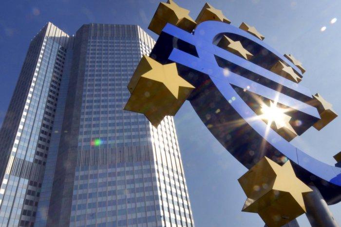Ilustračný obrázok k článku Väčšina bánk bude počas vianočných sviatkov  zatvorená a2af2e3896c