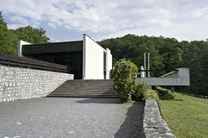 604d5cdf6 Ilustračný obrázok k článku Príbehy cintorínov: Bratislavské krematórium je  klenotom. Spája človeka s prírodou
