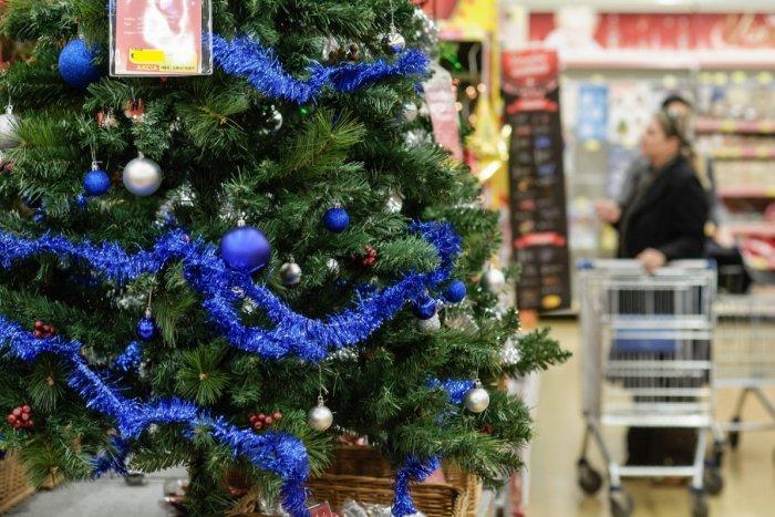 Ilustračný obrázok k článku VEĽKÝ PREHĽAD  Ako budú otvorené obchody počas  vianočných sviatkov 4c00b698c5a