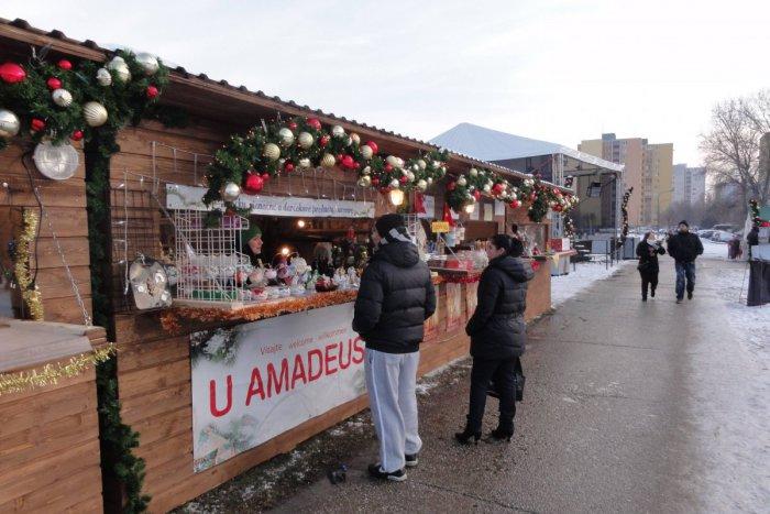 58a253169f9d Ilustračný obrázok k článku Vianoce dorazia aj do Petržalky. Na svoje si  prídu aj milovníci