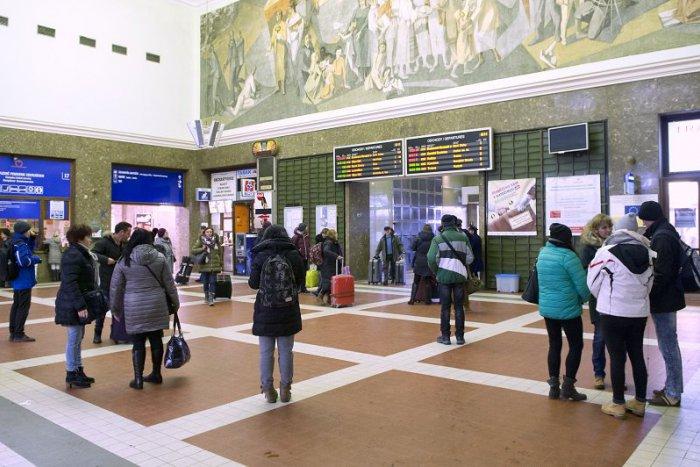 a29a4a40c Ilustračný obrázok k článku Práce na Hlavnej stanici čiastočne postúpili,  do mája sa však zrekonštruovať